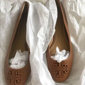 d3636444f1c066 Tory Burch Shoes - Final sale Nwot Tory burch flat 6.5M no offers